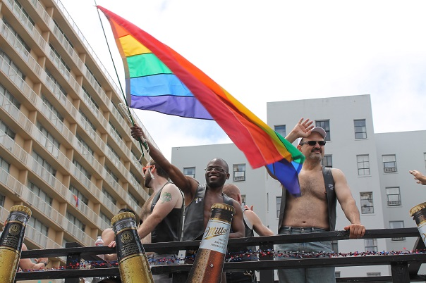 san-francisco-lgbt-pride-2015-24-parade