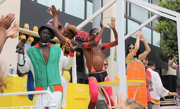 san-francisco-lgbt-pride-2015-3-Leif-airbnb