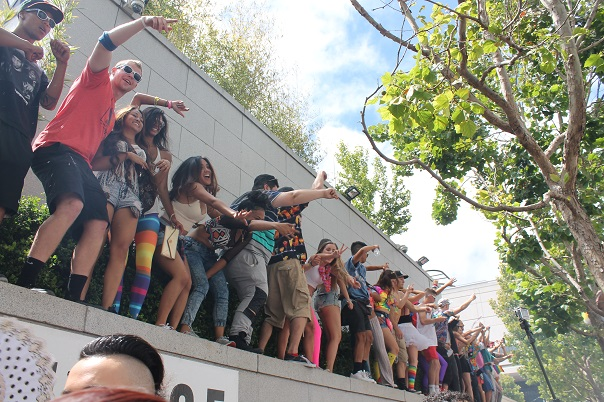 san-francisco-lgbt-pride-2015-33-civic-center-festival