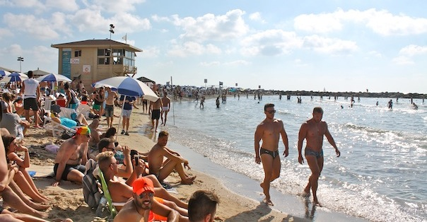 tel-aviv-gay-beach-hilton-10
