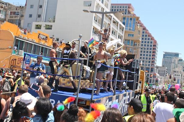 tel-aviv-gay-lgbt-pride-float
