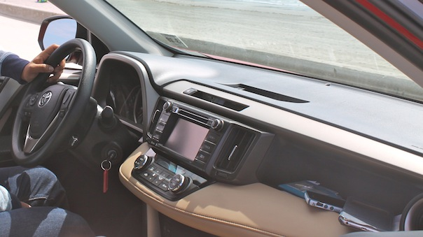 toyota-rav4-car-interior-1