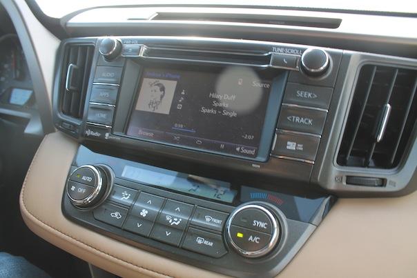 toyota-rav4-car-stereo