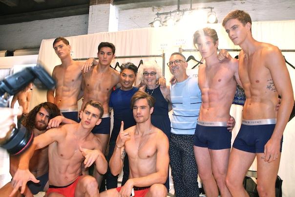 parke-ronen-backstage-spring-2016-male-models-1