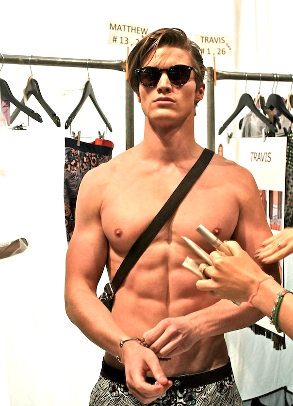 parke-ronen-spring-2016-model-matt-mcgue-backstage