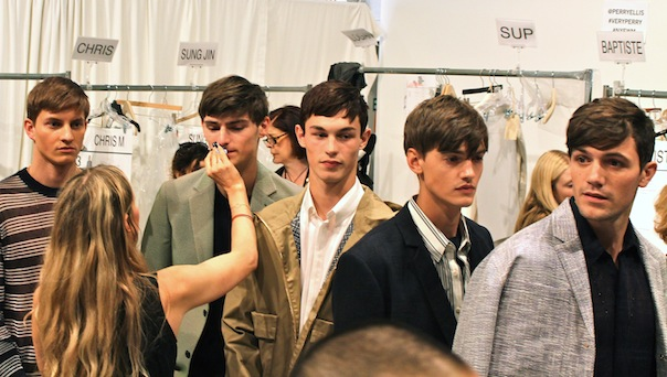 perry-ellis-spring-2016-fashion-week-models-backstage