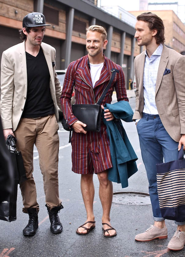 Your #1 destination for authoritative advice on style and fashion for men, as well as expert-sourced information on how to look your best for every occasion.
