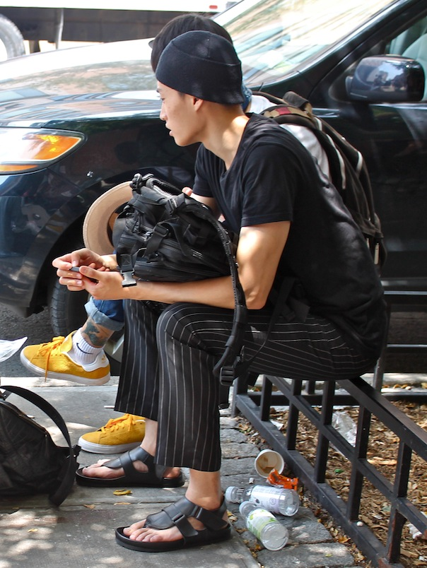 street-style-mens-nyfwm-spring-2016-11-sandals