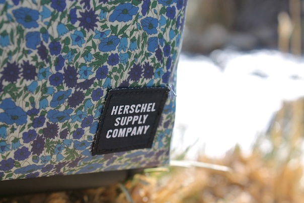 herschel-supply-liberty-of-london-backpack-floral-5