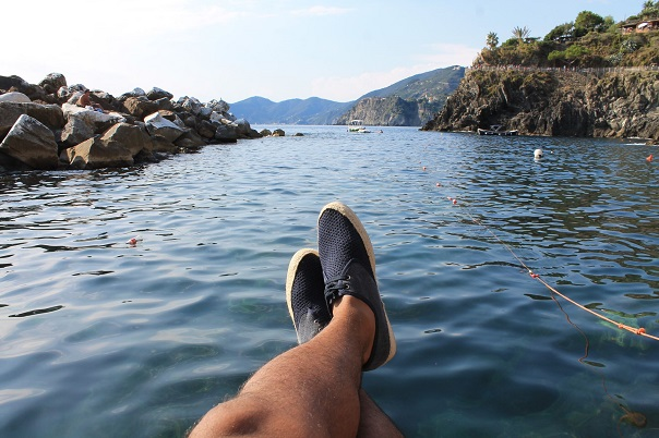 cinque-terre-sea-aldo-shoes