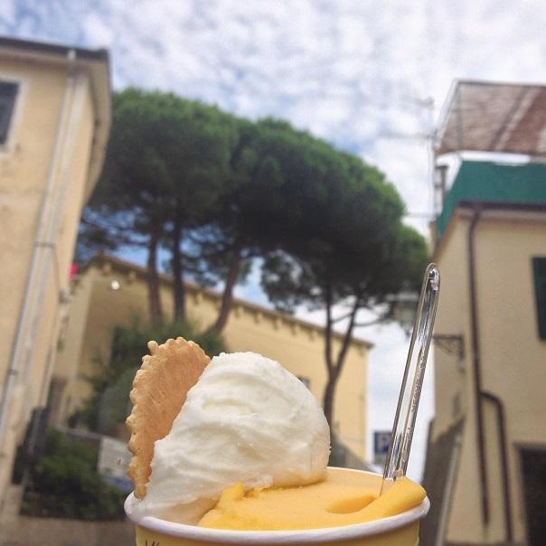 italy-gelato-cinque-terre