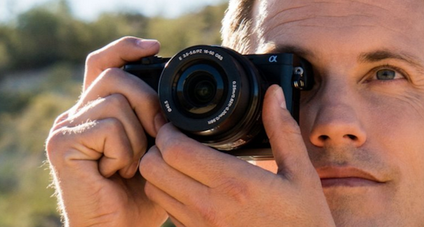 SONY-A600-camera-lens