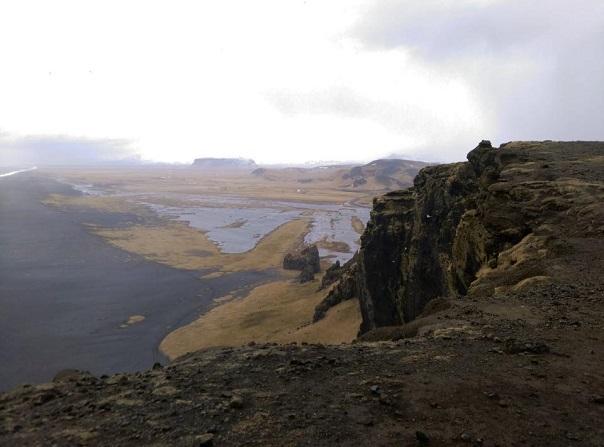 dyrholaey-cliff-iceland