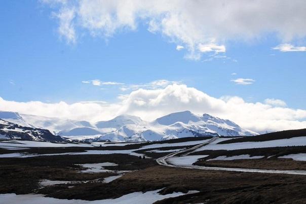 iceland-glacier-mountains