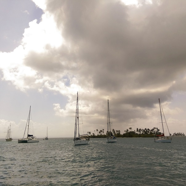 panama-san-blas-islands-sailing-boats.jpg