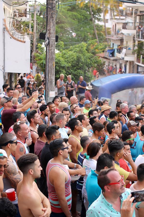 puerto-vallarta-pride-2016-drag-derby-1