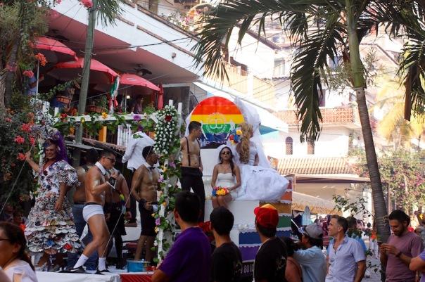 puerto-vallarta-pride-2016-parade-14