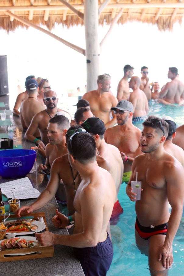 puerto-vallarta-pride-2016-pool-party-mantamar-2