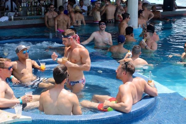 puerto-vallarta-pride-2016-pool-party-mantamar-6