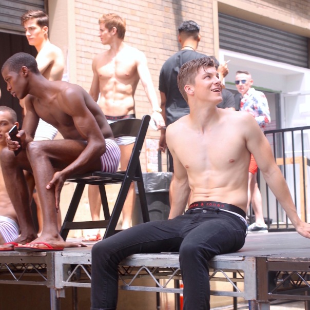 parke-ronen-backstage-spring-2017-male-models-12-benn-jordann-model