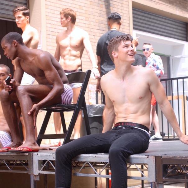 parke-ronen-backstage-spring-2017-male-models-12-benn-jordann-model