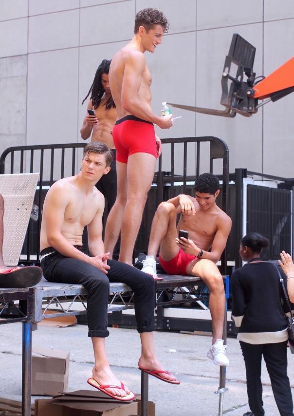 parke-ronen-backstage-spring-2017-male-models-17-benn-jordann