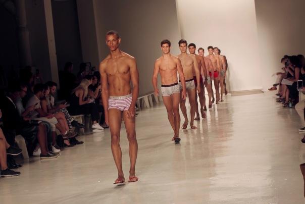parke-ronen-backstage-spring-2017-male-models-27