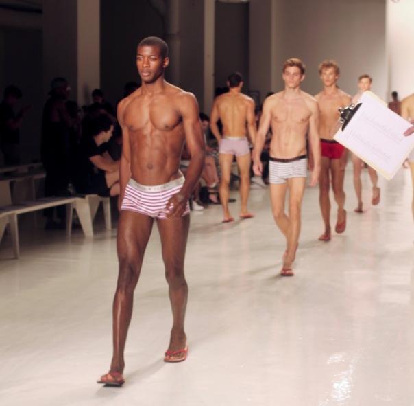 parke-ronen-backstage-spring-2017-male-models-37