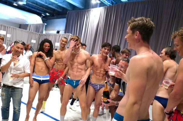 parke-ronen-backstage-spring-2017-male-models-58